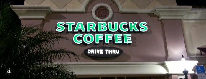 Starbucks is one of สถานที่ที่ B David ถูกใจ.