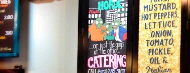 Potbelly Sandwich Shop is one of Michael'in Beğendiği Mekanlar.