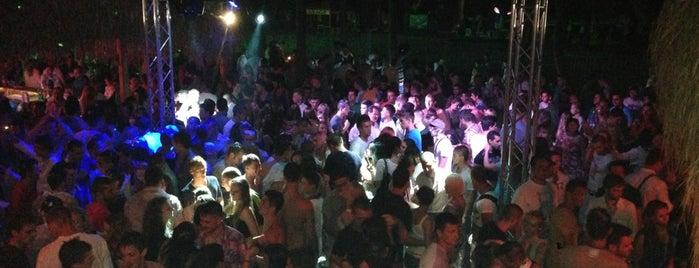 Disco Club Lazur is one of Болгария.