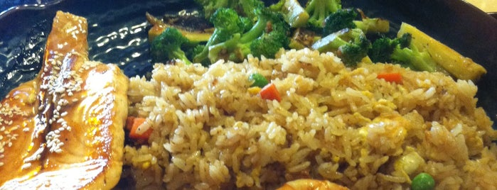 Tokyo Hibachi & Asian Fusion is one of Lieux sauvegardés par John.