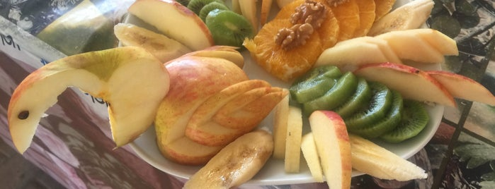 Efe Köy Kahvaltısı Ve Çay Bahçesi is one of Onur'un Beğendiği Mekanlar.