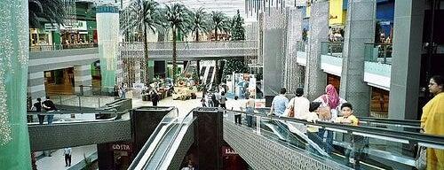 Dubai Festival City Mall is one of Dubai's very best Places = P.Favs.
