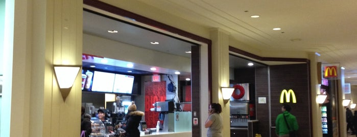 McDonald's is one of Lugares favoritos de DANIEL.
