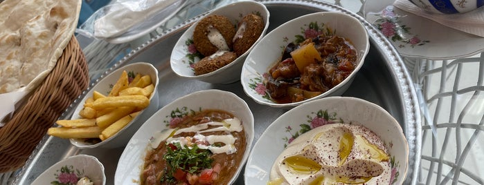 Arabian Tea House Restaurant & Cafe is one of Dubai (دبي).
