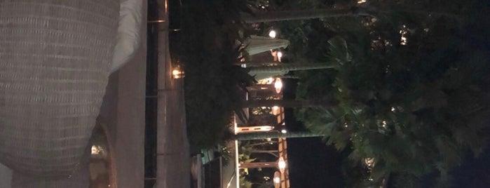 Mövenpick Resort & Spa Jimbaran, Bali is one of Orte, die Mr. FiTcH gefallen.