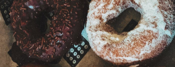 Astro Doughnuts & Fried Chicken is one of Maryland Bucket.