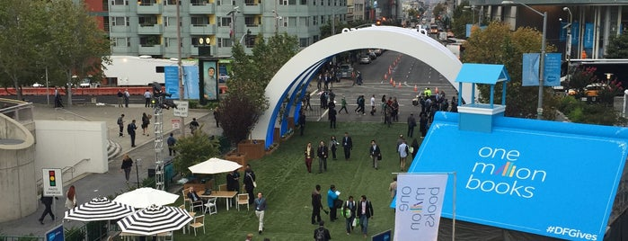 Dreamforce is one of Ahmadさんのお気に入りスポット.