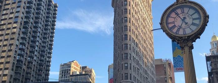 Flatiron Building is one of Locais salvos de Sam.