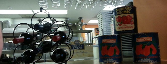 Pomodoro Italian Kitchen is one of Restaurant Discounts for Duke Students in Durham.