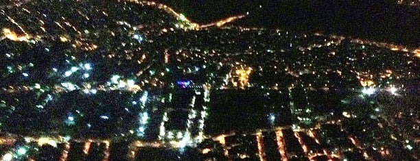 Yeniköy is one of สถานที่ที่ SUAT YALÇIN ถูกใจ.