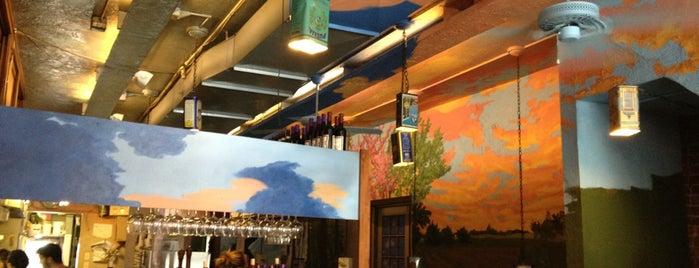 Sunrise Cafe is one of Posti che sono piaciuti a Bill.