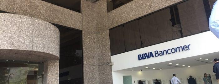 BBVA Bancomer is one of Orte, die Fabrizio gefallen.