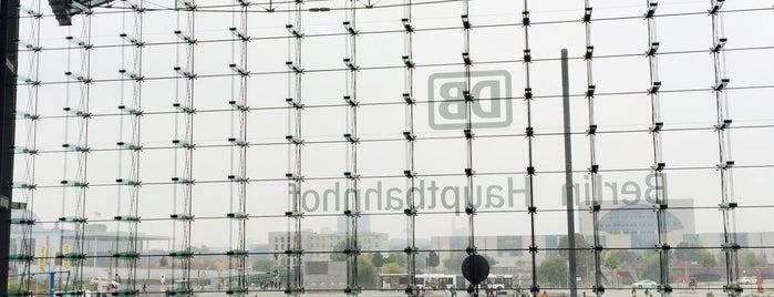 Berlin Hauptbahnhof is one of Berlin - Lugares.