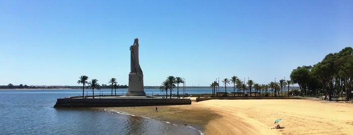 Huelva is one of Capitales de provincia.