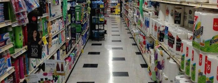 Gristedes Supermarkets #597 is one of Orte, die John gefallen.