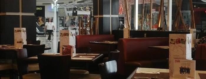 Liverpool Restaurante is one of Locais curtidos por Shine.