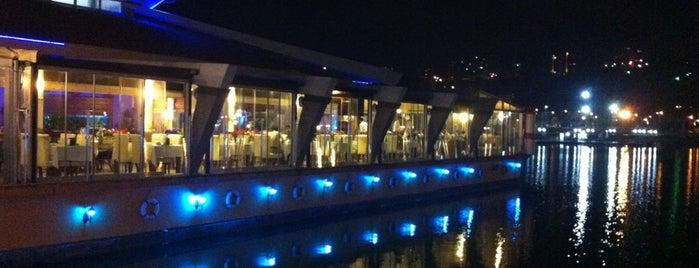 Karadeniz Balık Restaurant is one of Yunus'un Beğendiği Mekanlar.