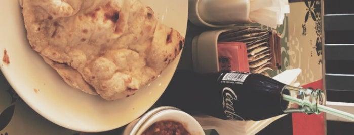 Cafe Bazza is one of Locais salvos de Queen.