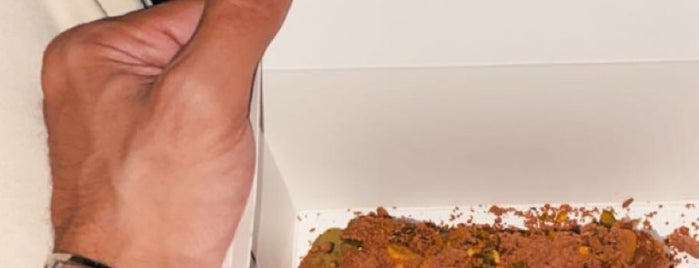 SUGARHIVE is one of Desserts&snacks Riyadh.