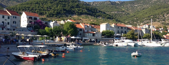 Bol Harbor is one of Croacia.