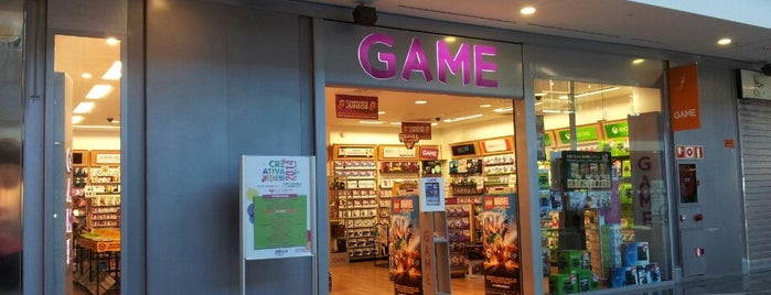 GAME PLAZA is one of Lugares favoritos de Enrique.