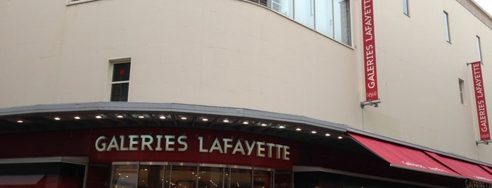 Galeries Lafayette is one of Lugares favoritos de Pelin.