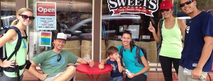 grand avenue sweets is one of Posti che sono piaciuti a Rowan.