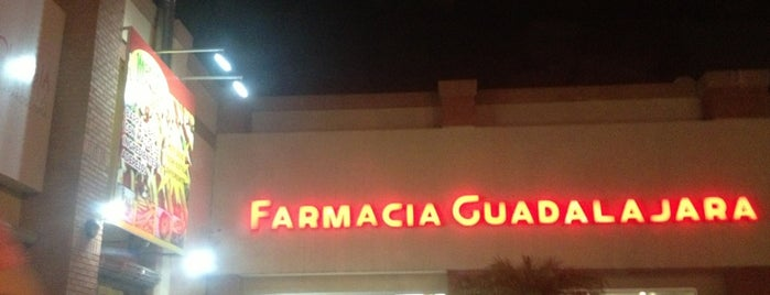 Farmacia Guadalajara is one of Lugares favoritos de Ismael.