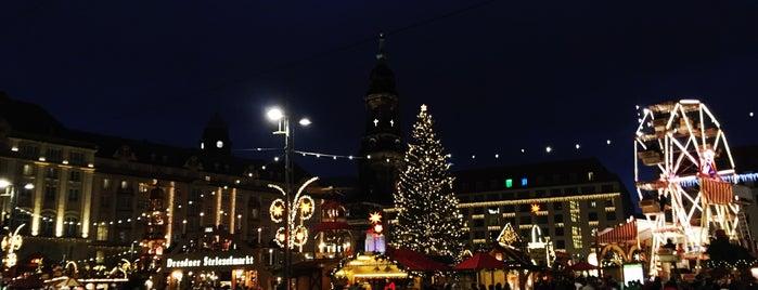 Dresdner Winterlichter is one of Posti che sono piaciuti a Mina.