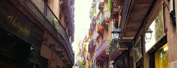 Barrio Gótico is one of Barcelona.