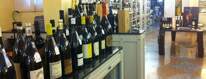 Enoteca Ronchi is one of Wine buyers guide Milan.