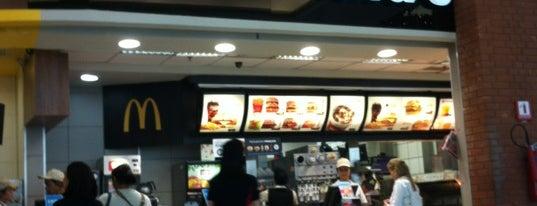 McDonald's is one of Lugares favoritos de Alberto J S.