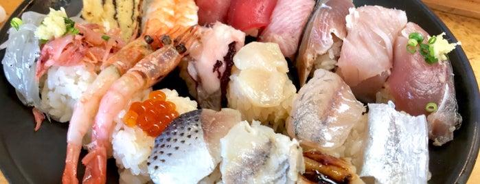 金寿し地魚定 is one of Linda's favorite restaurants and bars in Shizuoka.