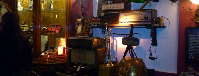 Mabolla Eski moda cafe is one of Eylem Kutlu'nun gittiği mekanlar.