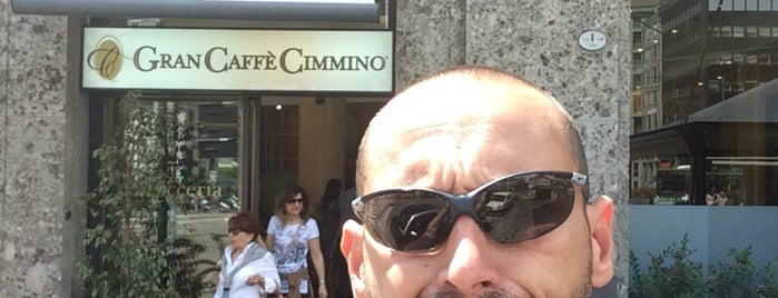 Gran Caffè Cimmino is one of Locais curtidos por Giovanni.