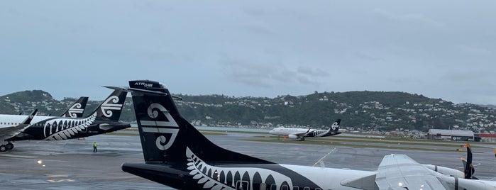 Wellington Airport (WLG) is one of Lugares favoritos de JRA.