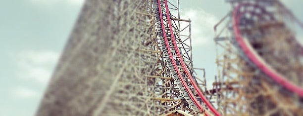 Six Flags Over Texas is one of Dallas-Fort Worth.