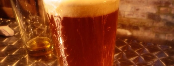Irish Bred Pub is one of Andy : понравившиеся места.