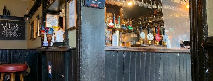 Uxbridge Arms is one of London drinking.
