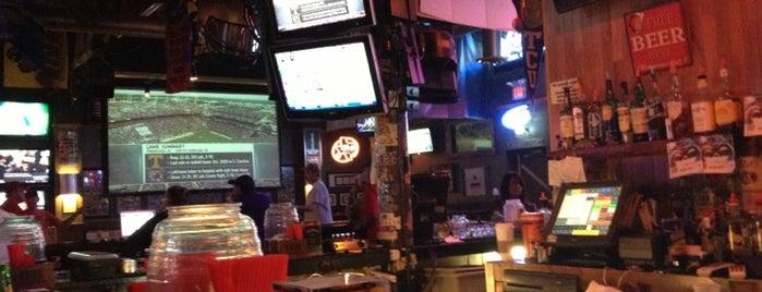 Woody's Tavern is one of Terry'in Beğendiği Mekanlar.