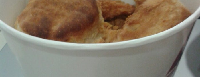KFC is one of สถานที่ที่บันทึกไว้ของ Emre.