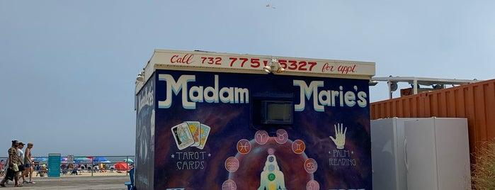 Eddie Confetti Ice Cream & Cafe is one of Asbury Gluten Free.