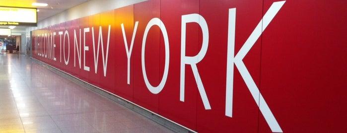 John F. Kennedy Uluslararası Havalimanı (JFK) is one of New York.