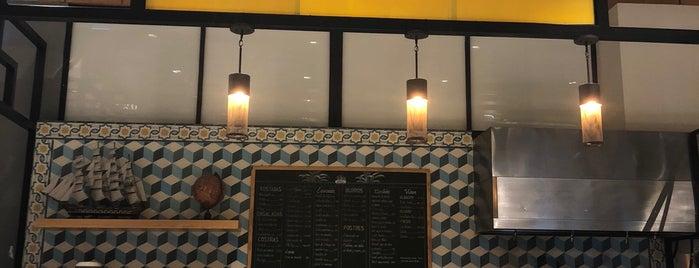 tres galeones, cocina de puerto is one of Sofi'nin Beğendiği Mekanlar.