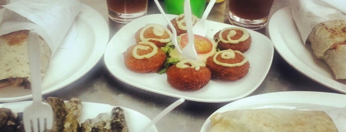 Shawarma Libanésa is one of Massiel : понравившиеся места.