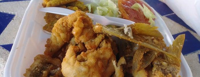 Plaza Seafood Market is one of JR umana: сохраненные места.