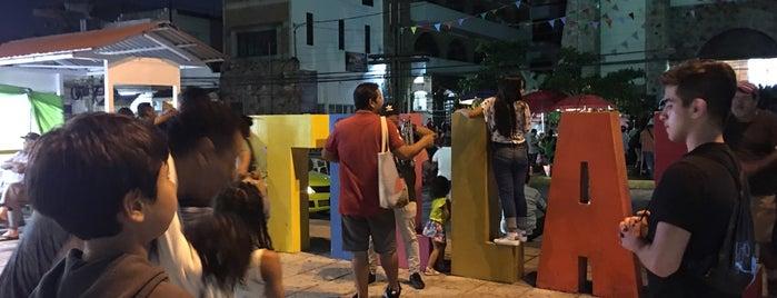 Plaza El Pitillal is one of สถานที่ที่ Vivian ถูกใจ.