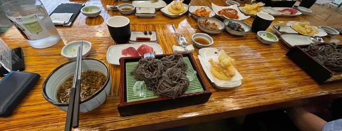 큰물참치 is one of seafood.