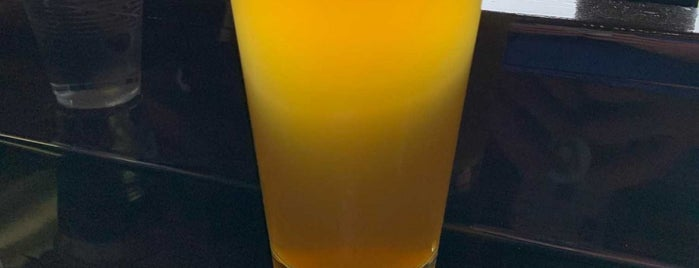 Transplant City Beer Co. is one of Phoenix-area craft breweries.