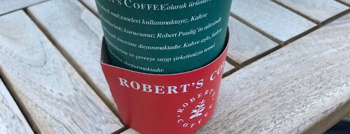 Robert's Coffee is one of Lieux qui ont plu à Ender.